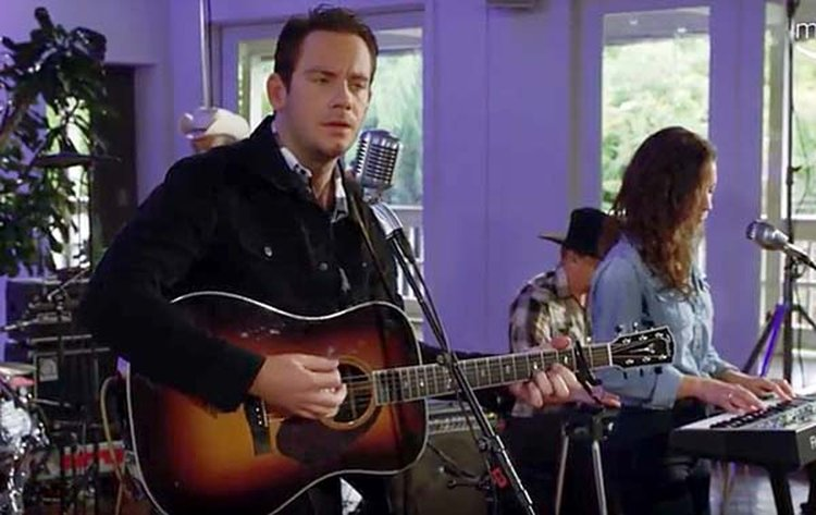 Music Friday: Heartless Lover Sam Outlaw Sings, 'I See No Diamond Ring on Your Finger'