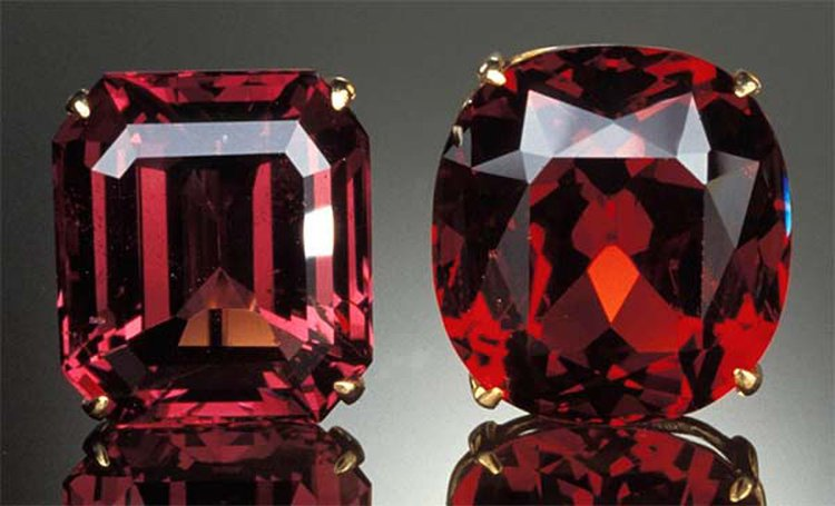 Spinel: August's Newest Birthstone Has a Confusing, Colorful History